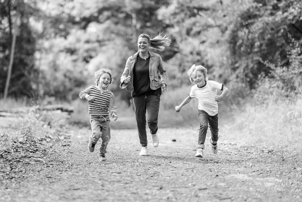 mum and children running
