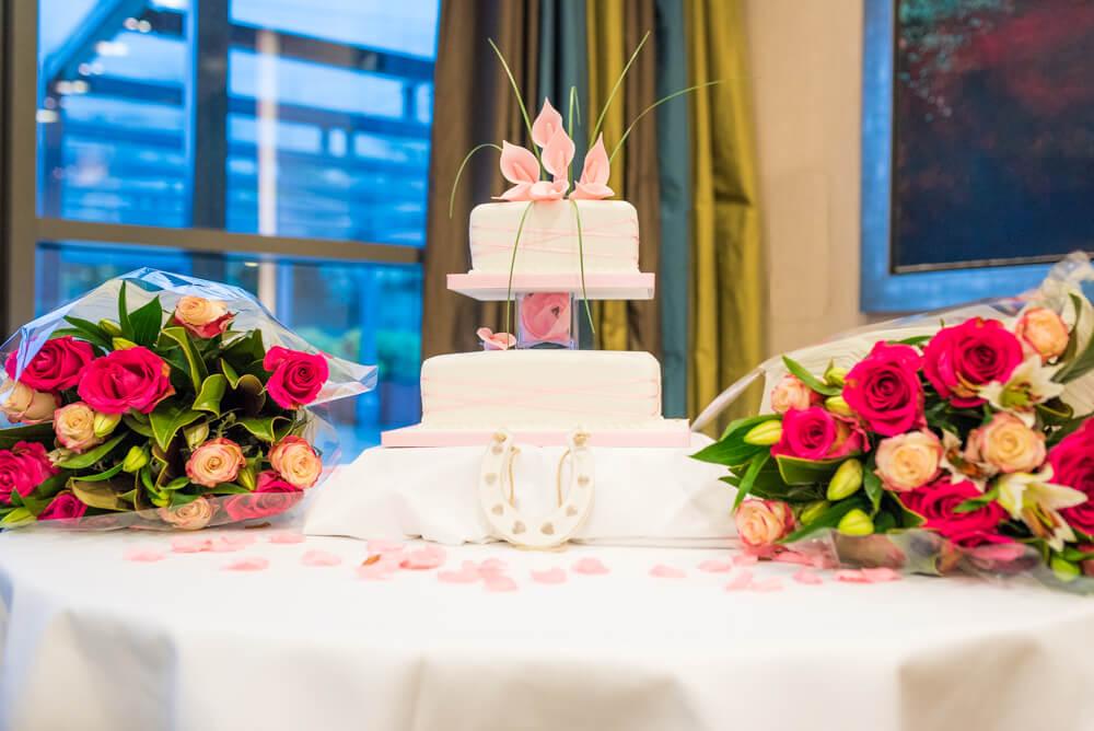Wedding cake and wedding bouquets