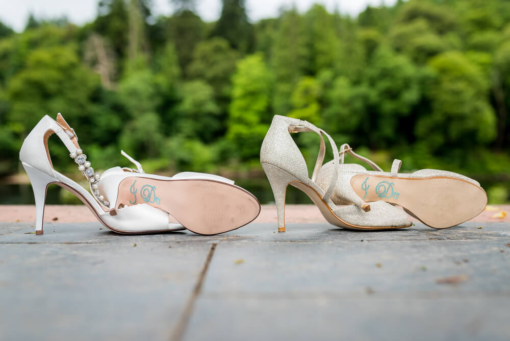 Bridal shoes I Do